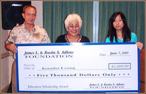 Jennifer Leung with $15,000 Scholarship Award